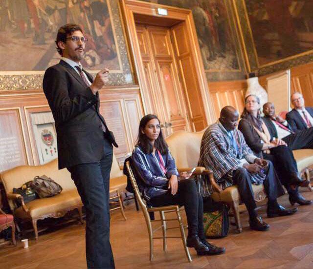 OGP subnational teams presenting at the OGP summit in Paris